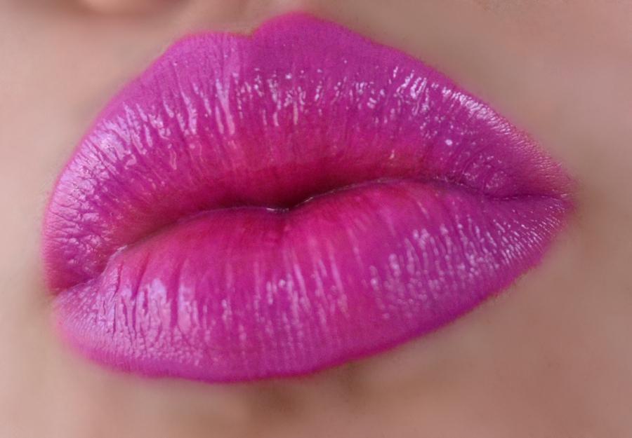 Fuchsia Ombre Lip