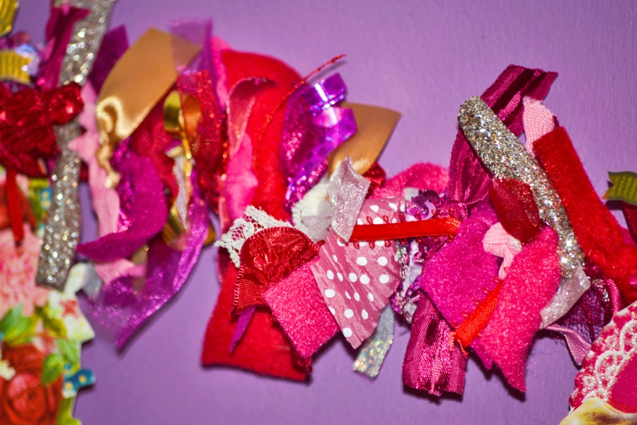LoveColorful_ValentineGarland_0005