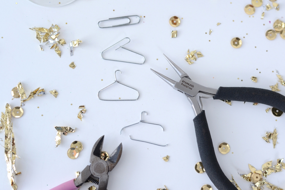 Love Colorful_DIY Mini Glitter Hangers_0005